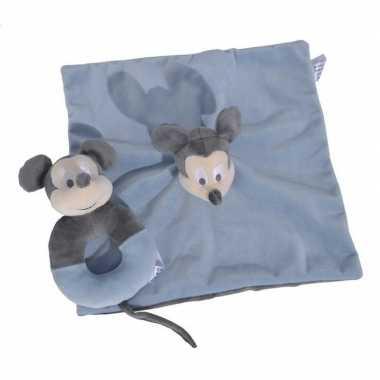 Blauwe disney rammelaar met tuttel/knuffeldoekje mickey mouse