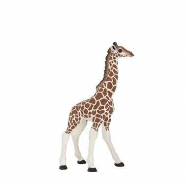 Plastic baby giraffe 9 cm
