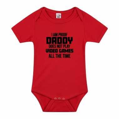 Proof daddy does not only play games cadeau baby rompertje rood jongen/meisje