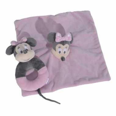 Roze disney rammelaar met tuttel knuffeldoekje minnie mouse