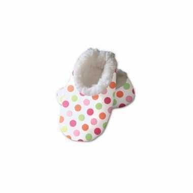 Witte baby sloffen met stippen